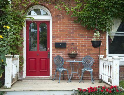 Feng Shui Colors For Your Northeast Front Door