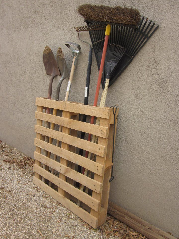 pallet used to store garden tools