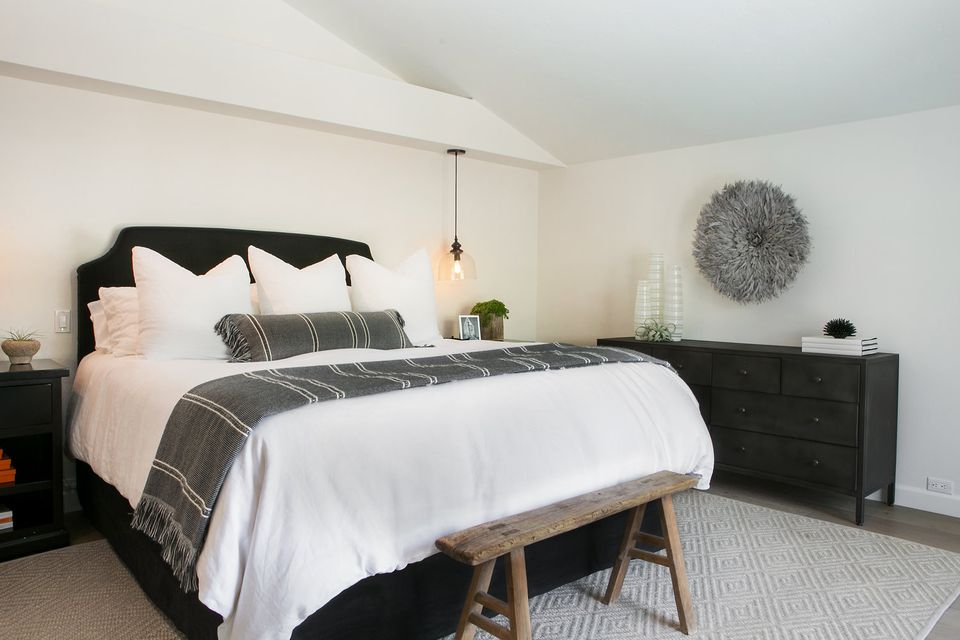 10 Gorgeous Gray Bedrooms for Your Deco Inspiration