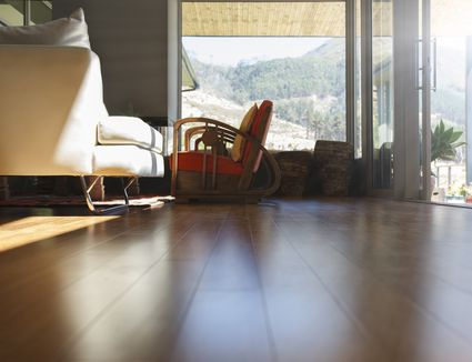 Engineered Wood Flooring vs. Solid Wood Flooring