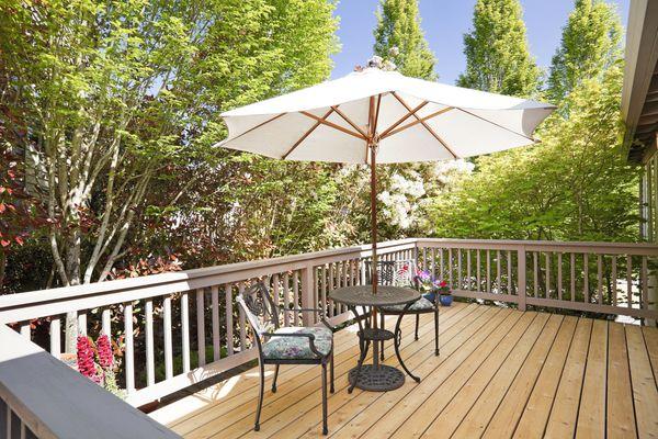 Outdoor Backyard Deck
