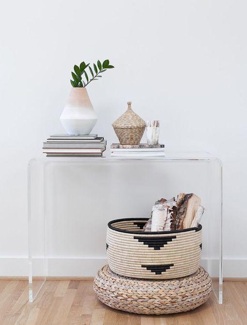 Entrada pequeña con cestas