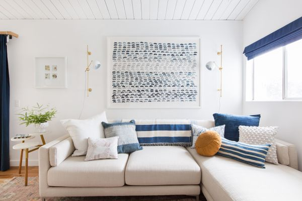Blue and neutral palette in a living room