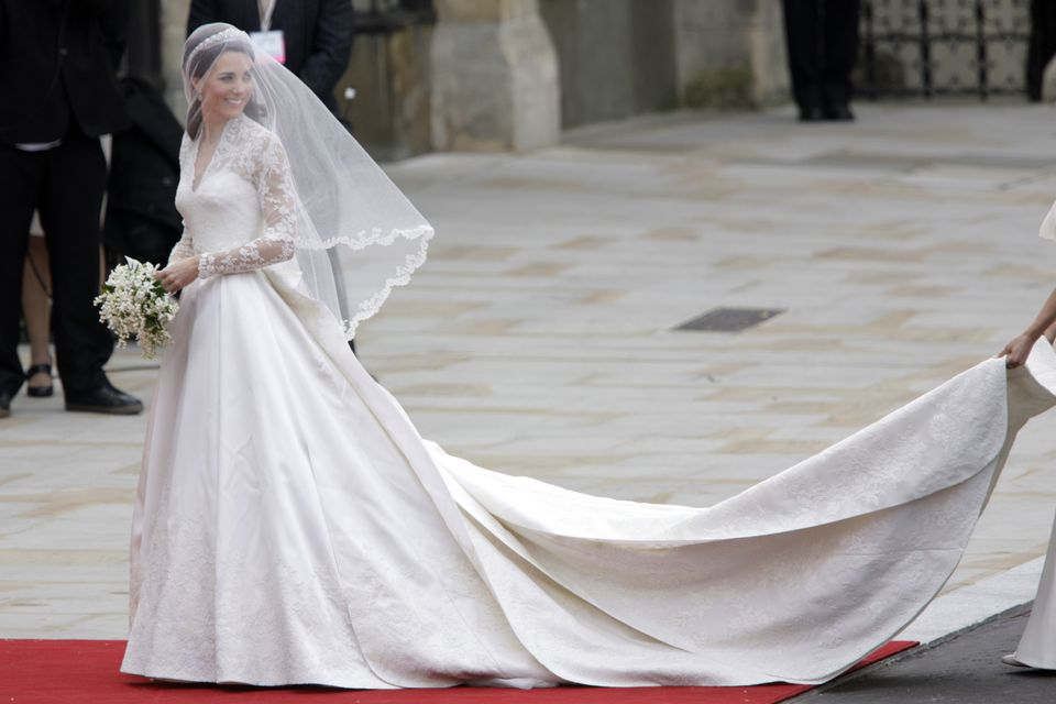 Princess Kate wedding gown