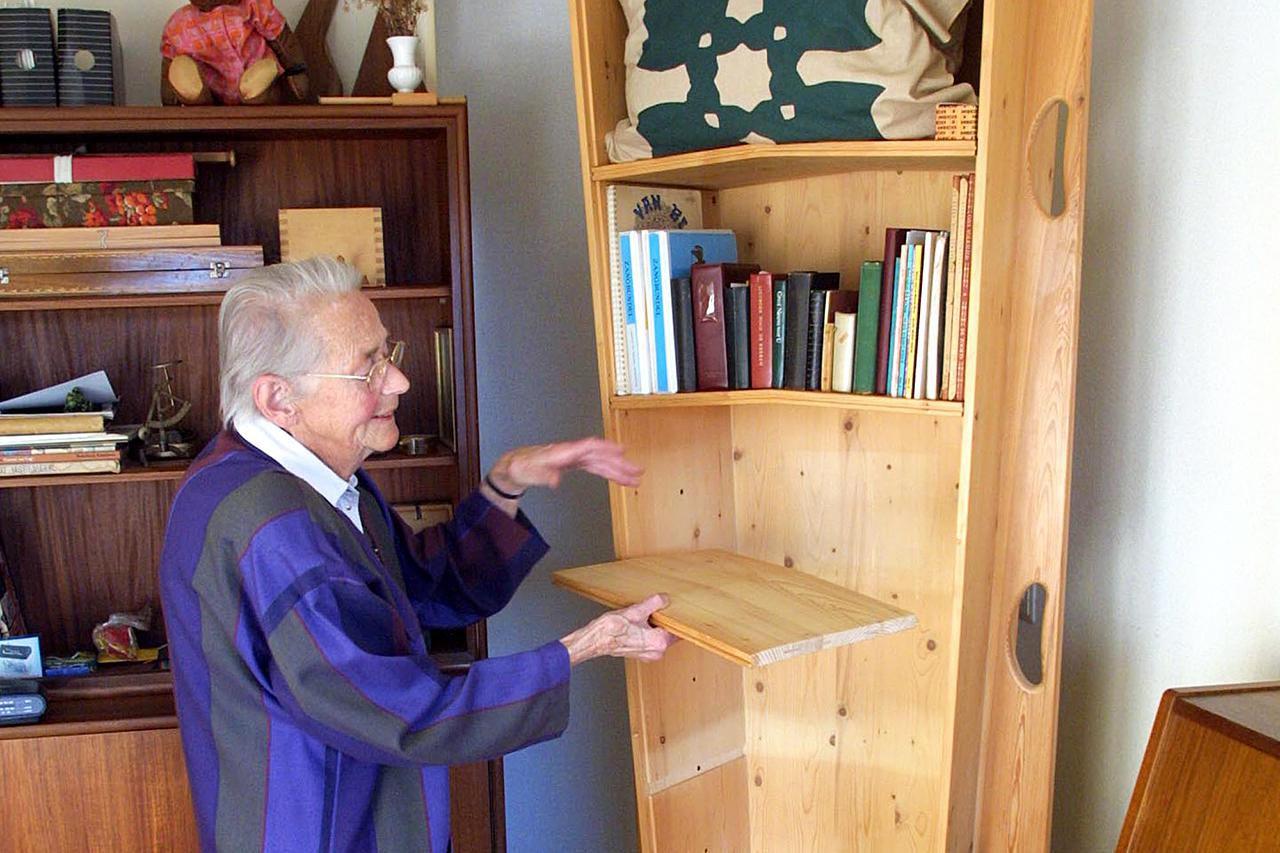 Casket Furniture A Unique Kind Of Furniture