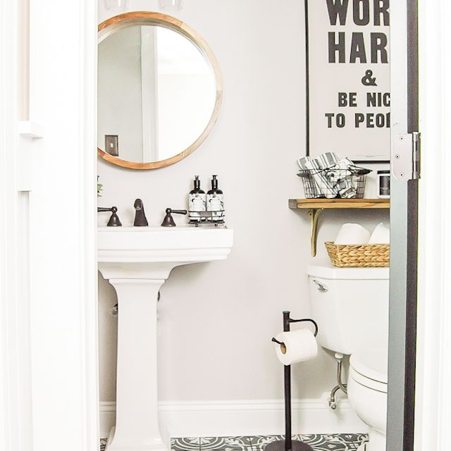 14 Bathroom Wall Decor Ideas, How To Decorate Bathroom Walls