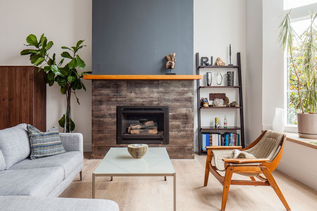 chimenea de azulejo de grano de madera