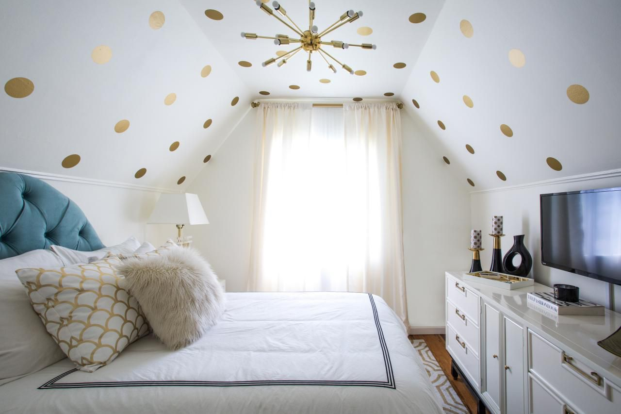 decals on ceiling