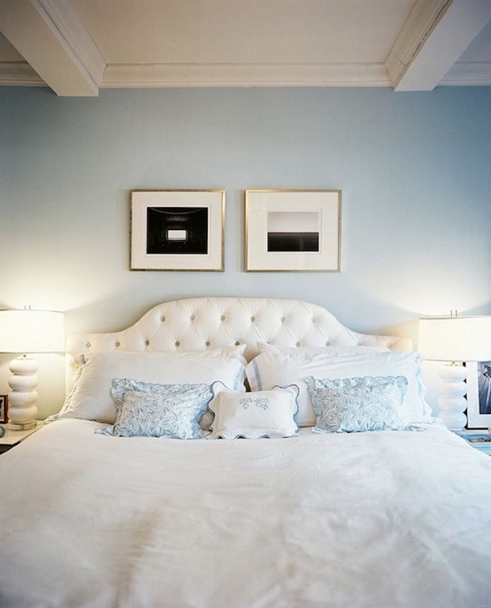 25 stunning blue bedroom ideas pale blue serenity mozeypictures Choice Image