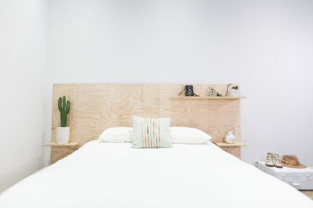 25 diy headboards you can make in a weekend or less plywood diy headboard for minimalists solutioingenieria Image collections