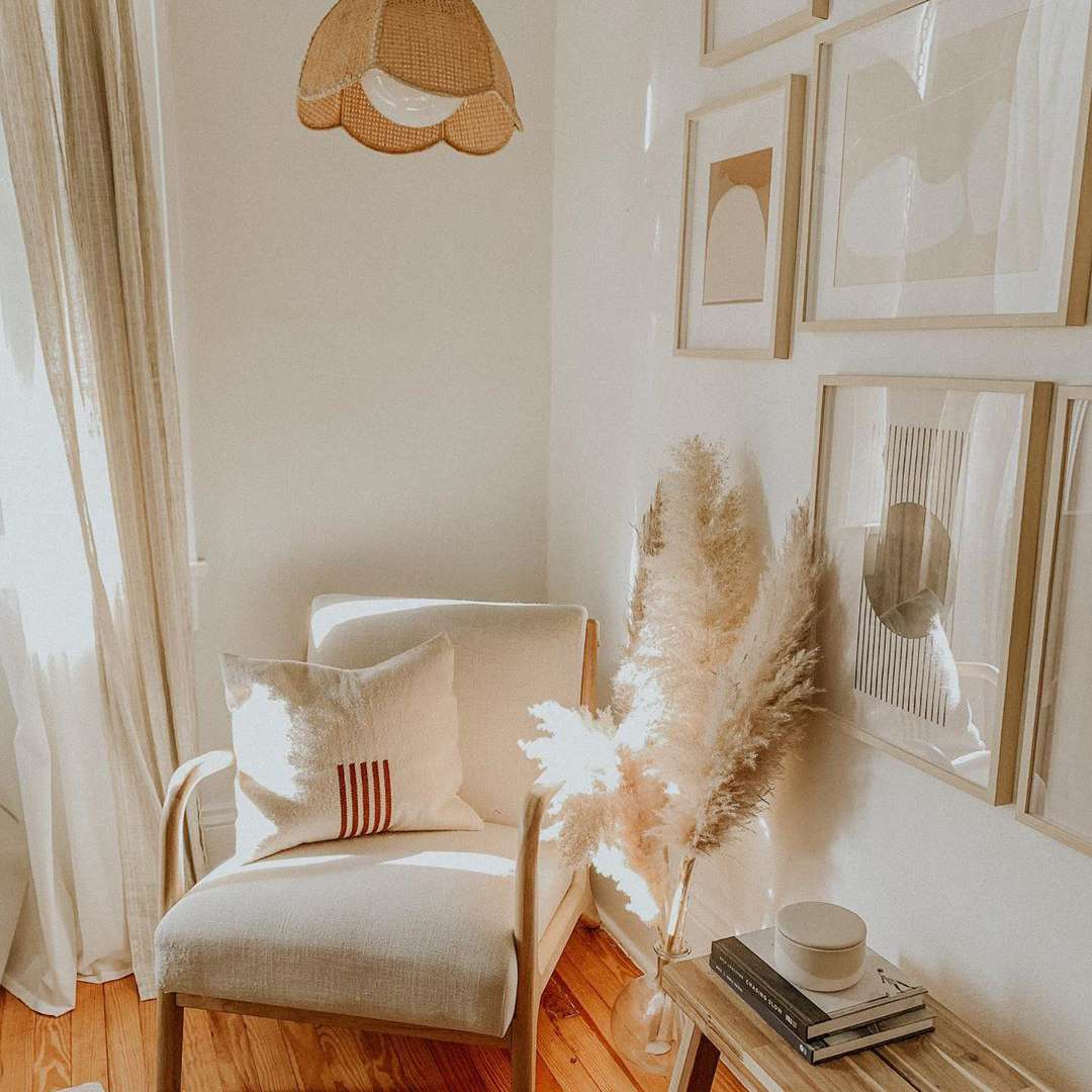 Reading nook with white and tan colors