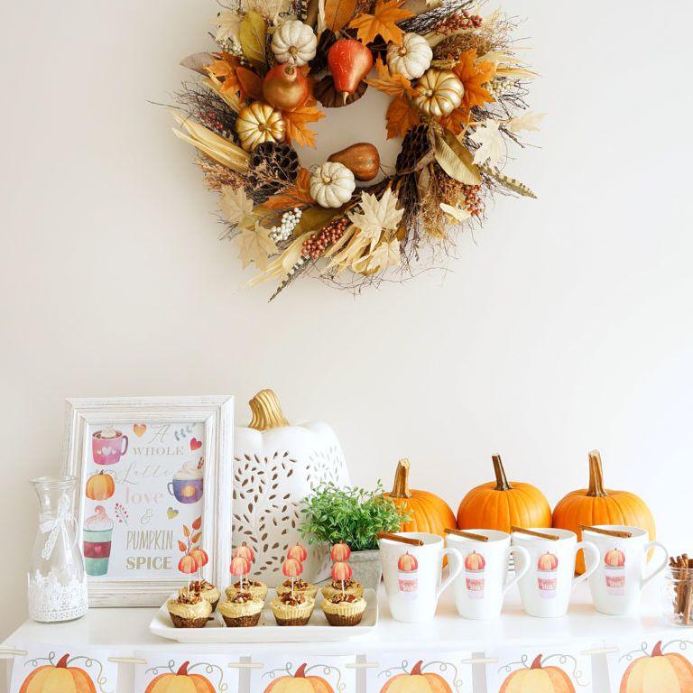Table featuring pumpkin decor