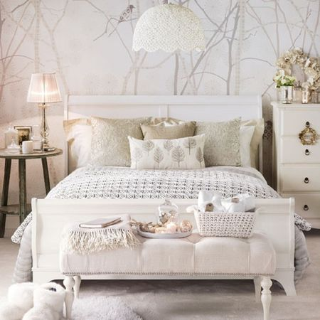 Use Gray As An Accent In A Creamy White Room