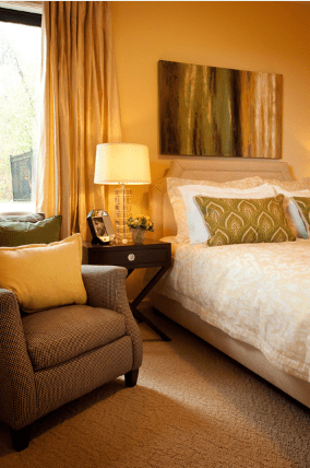 6 Yellow Bedroom Photos and Ideas
