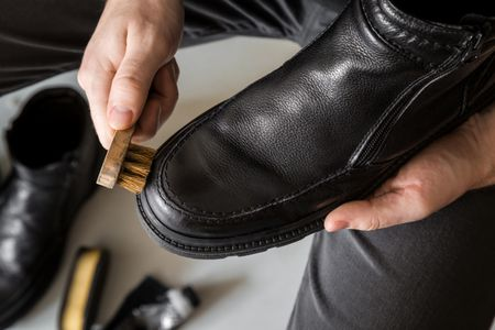 How To Remove Shoe Polish Stains On Clothes And Carpet