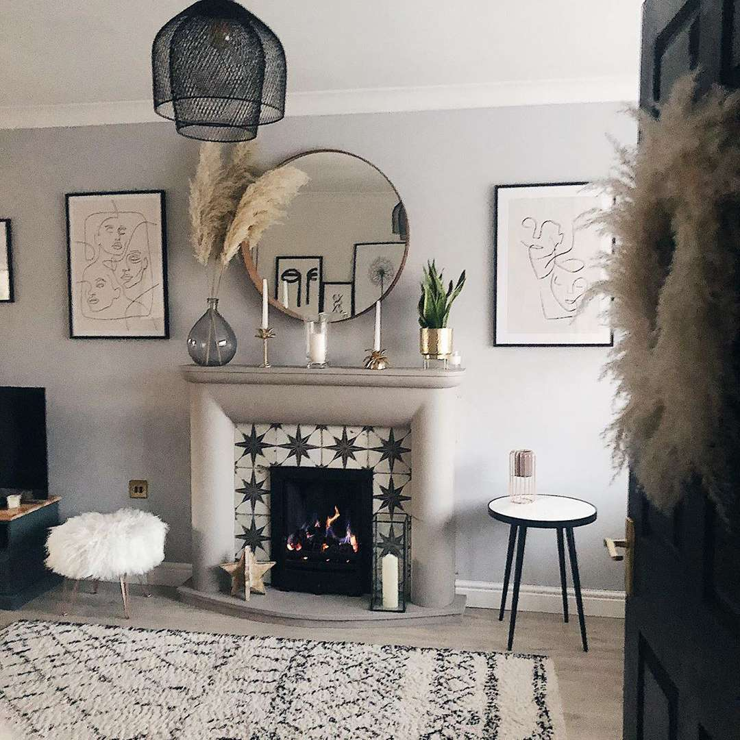 Living room with black and white decor