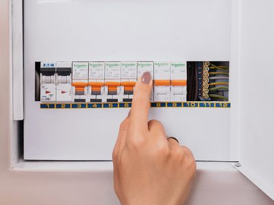 fuses and fuse boxes 101: types, sizes, blown fuses, and replacements  the spruce
