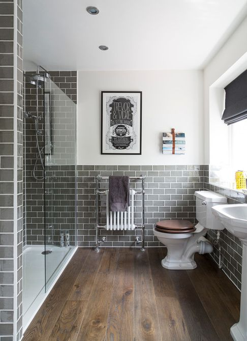 Retro wood bathroom