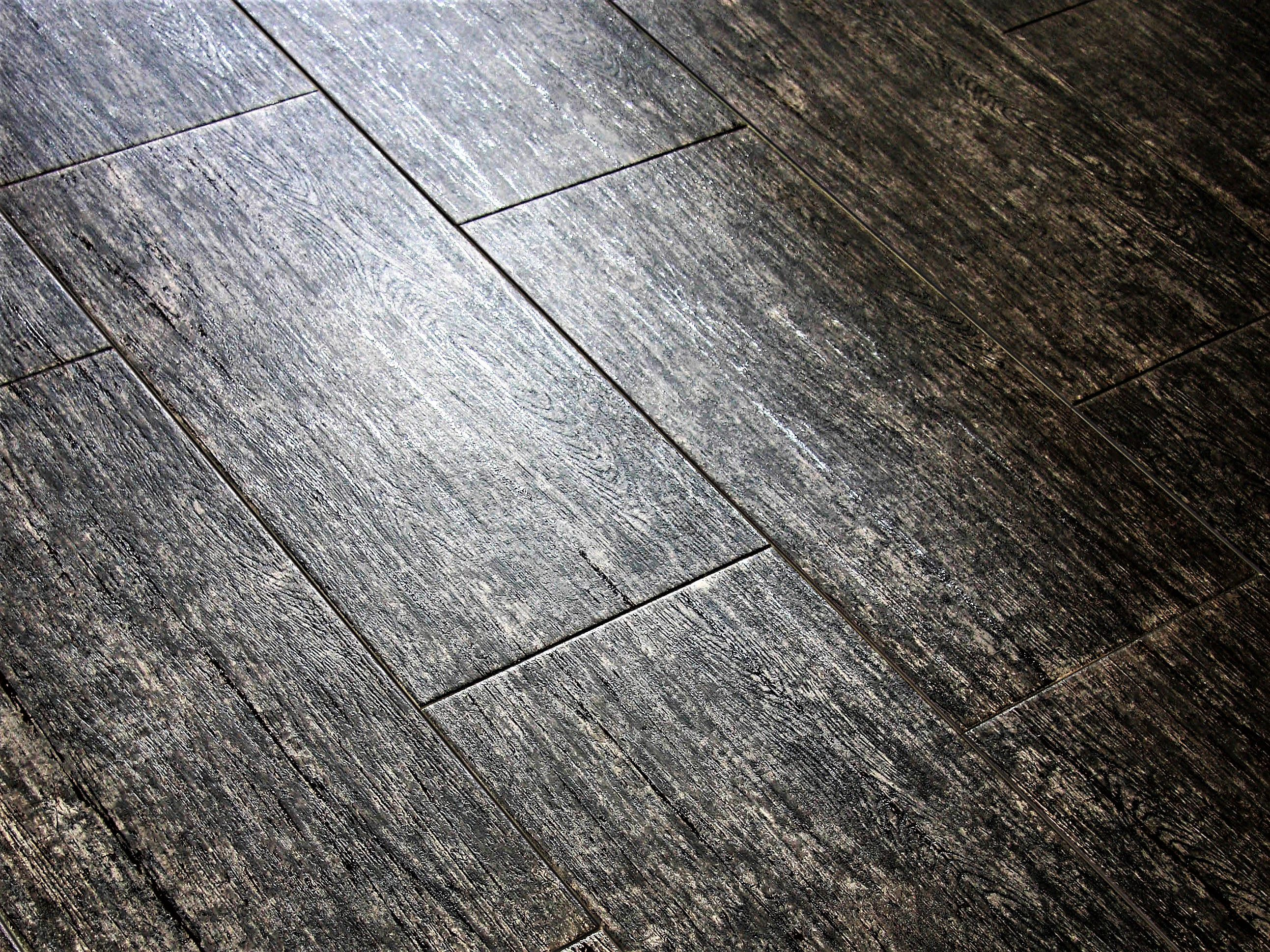 Basic Types of Tile for Flooring and Walls