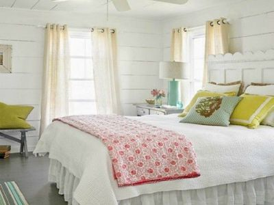 Peaceful Bedroom Colors And Decorating Ideas