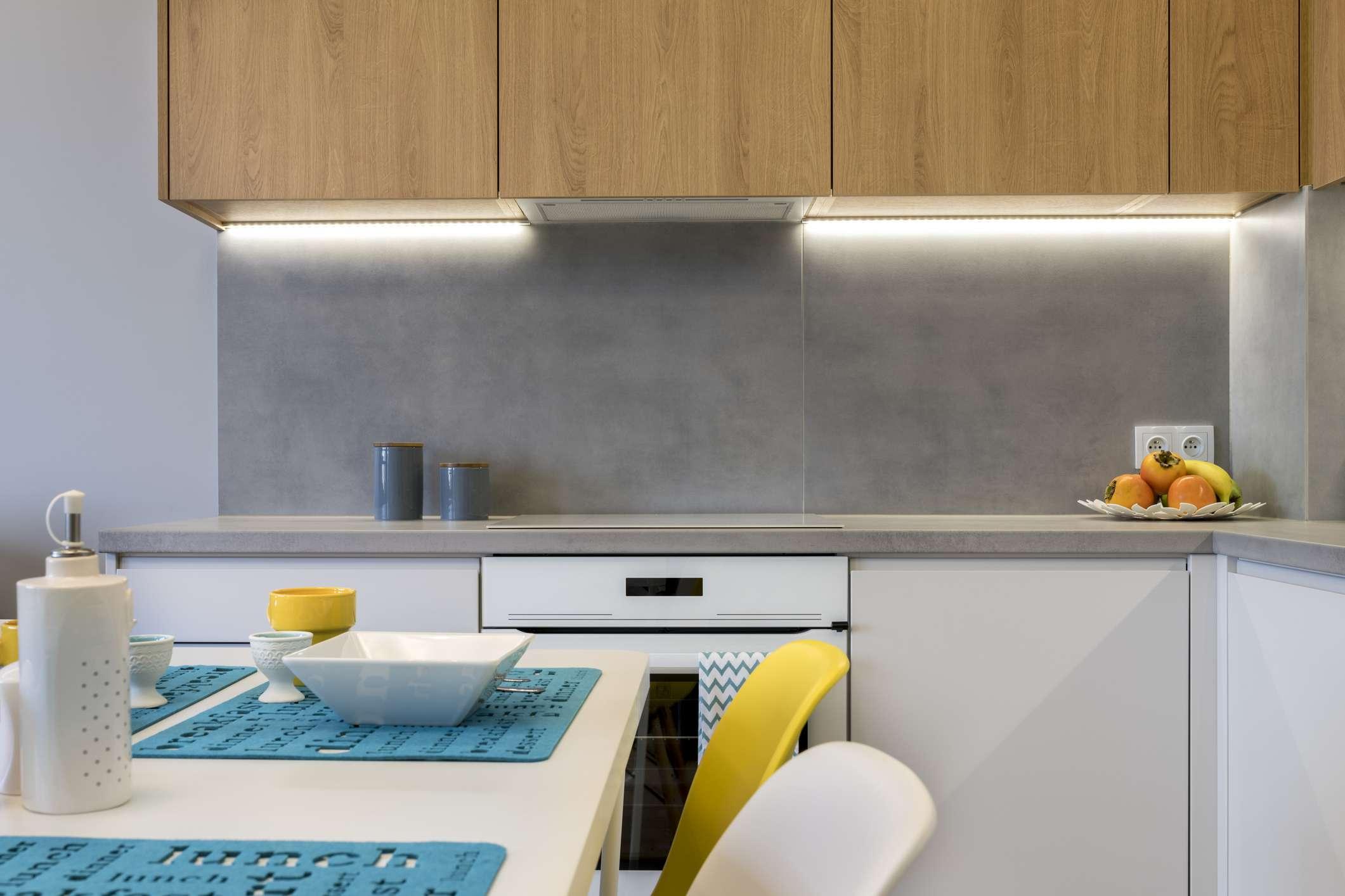 Cement kitchen backsplash