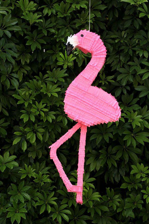 DIY Flamingo Pinata