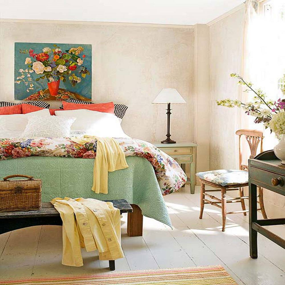 . Photos and Tips for Decorating a Country Style Bedroom