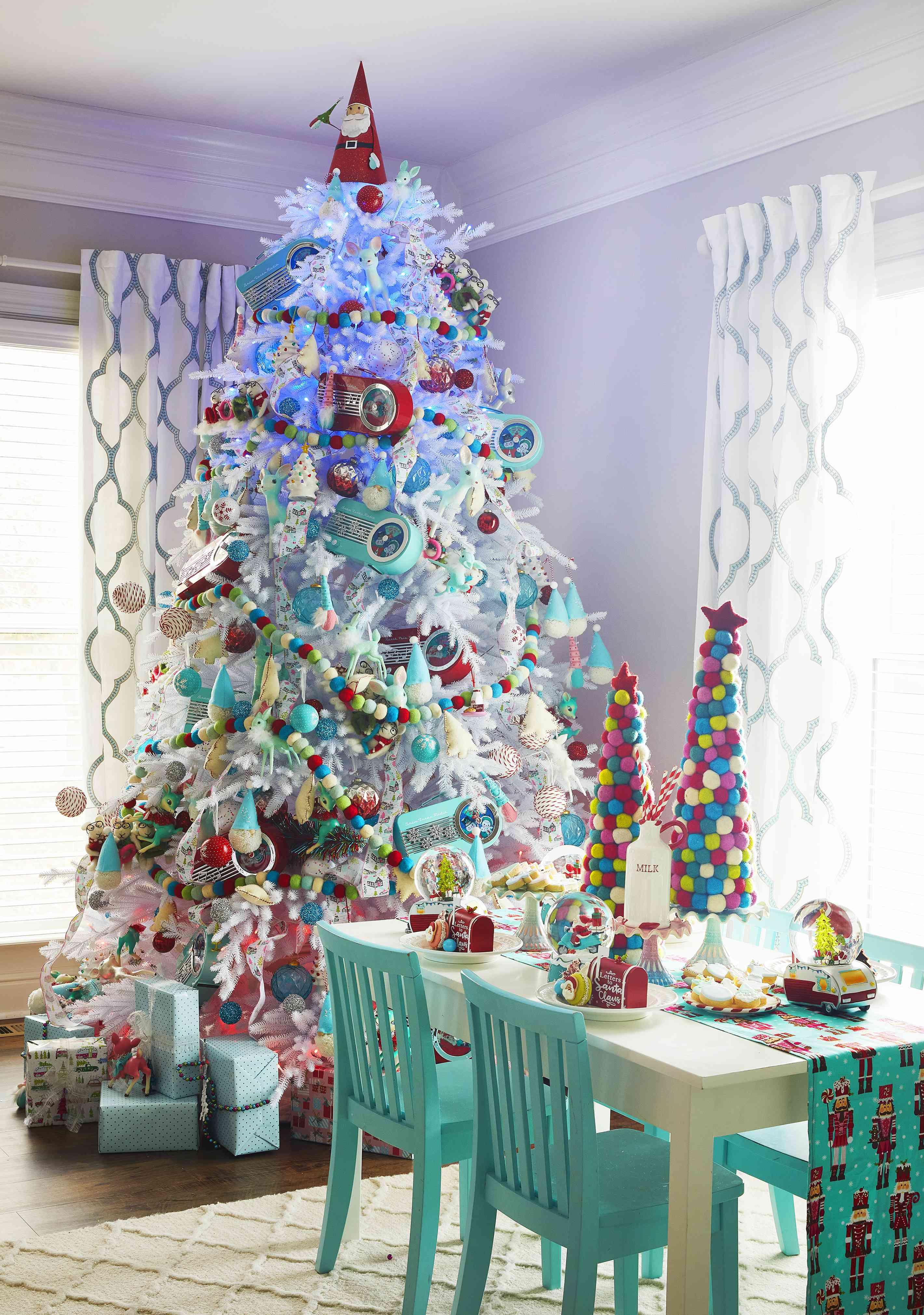 Jenny Reimold's statement Christmas tree