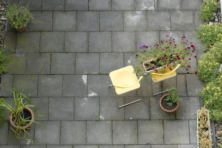 Choose The Right Outdoor Flooring