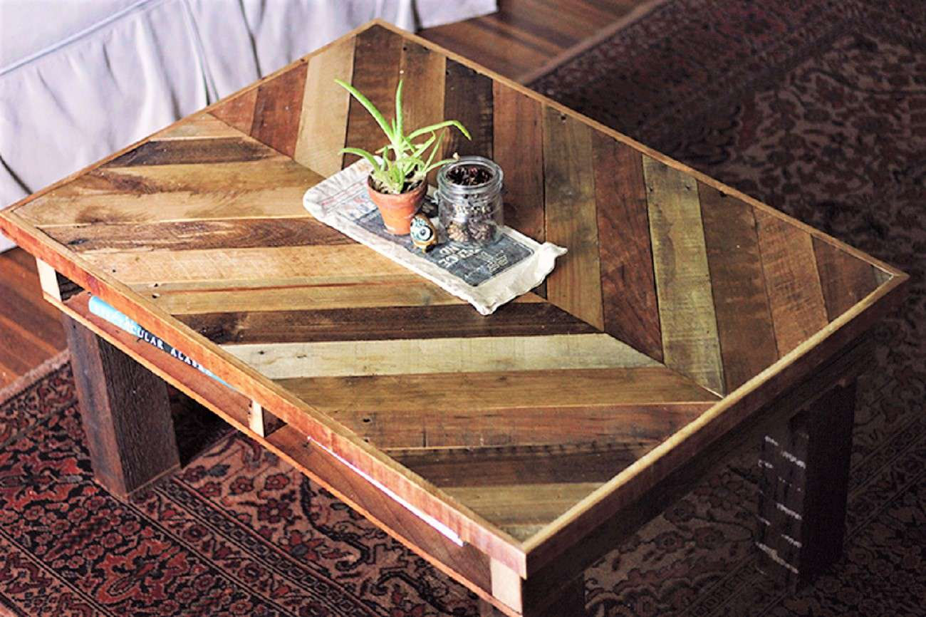 Wood Pallet Chevron Style Coffee Table