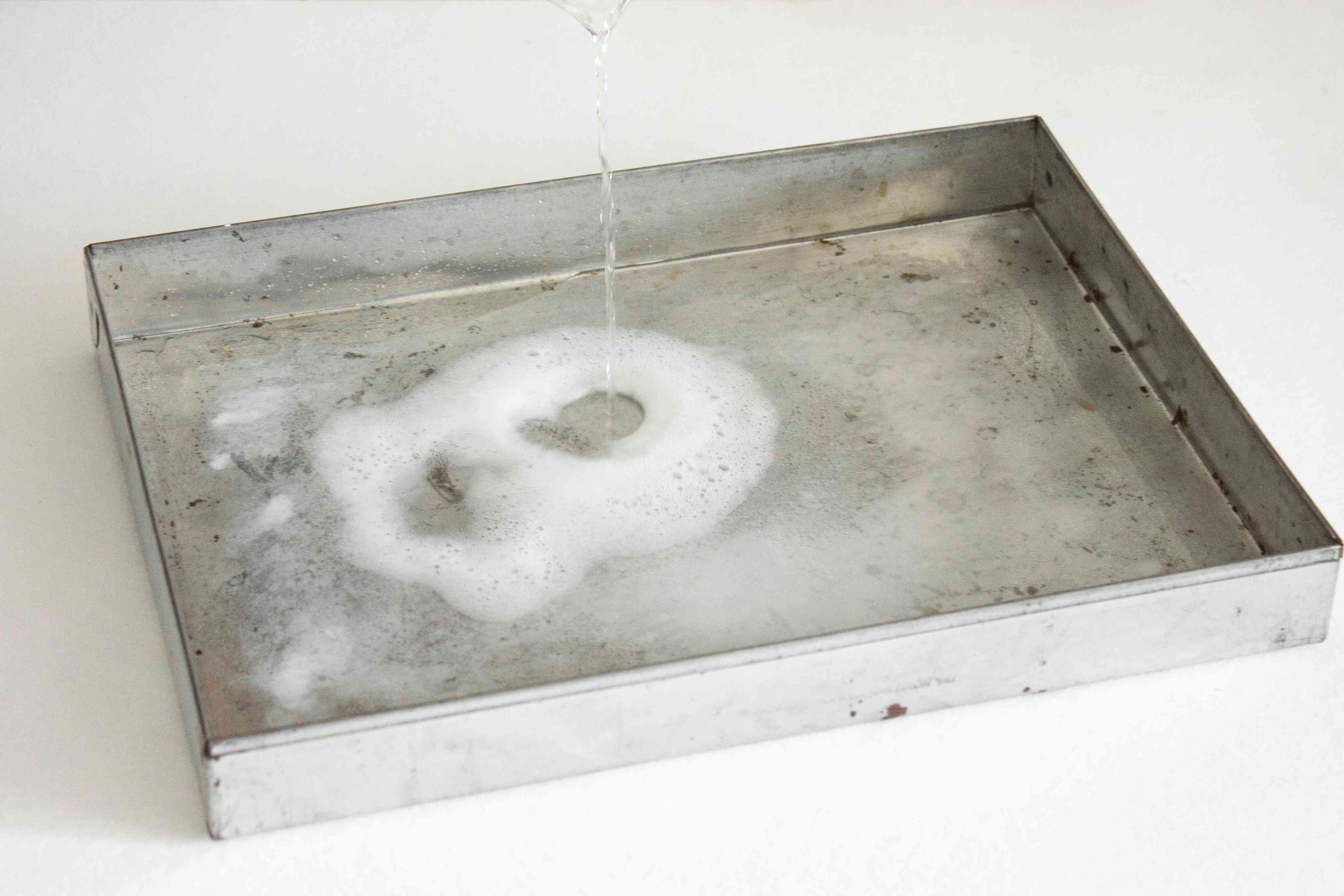 roasting pan fizzing