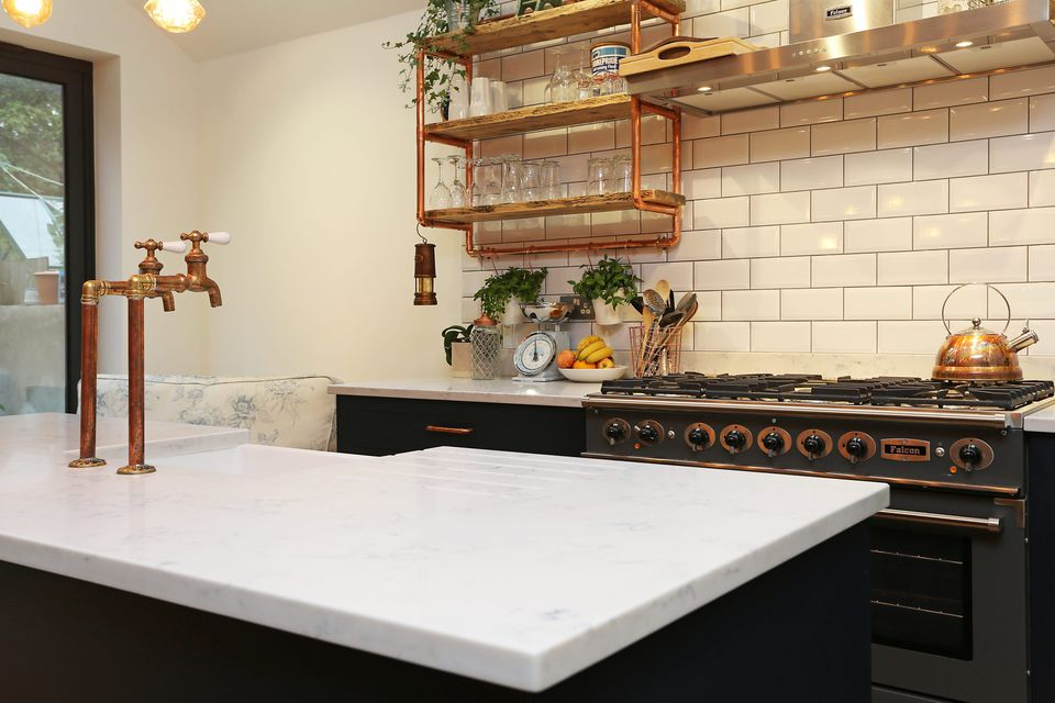 17 Beautiful Quartz Kitchen Countertops