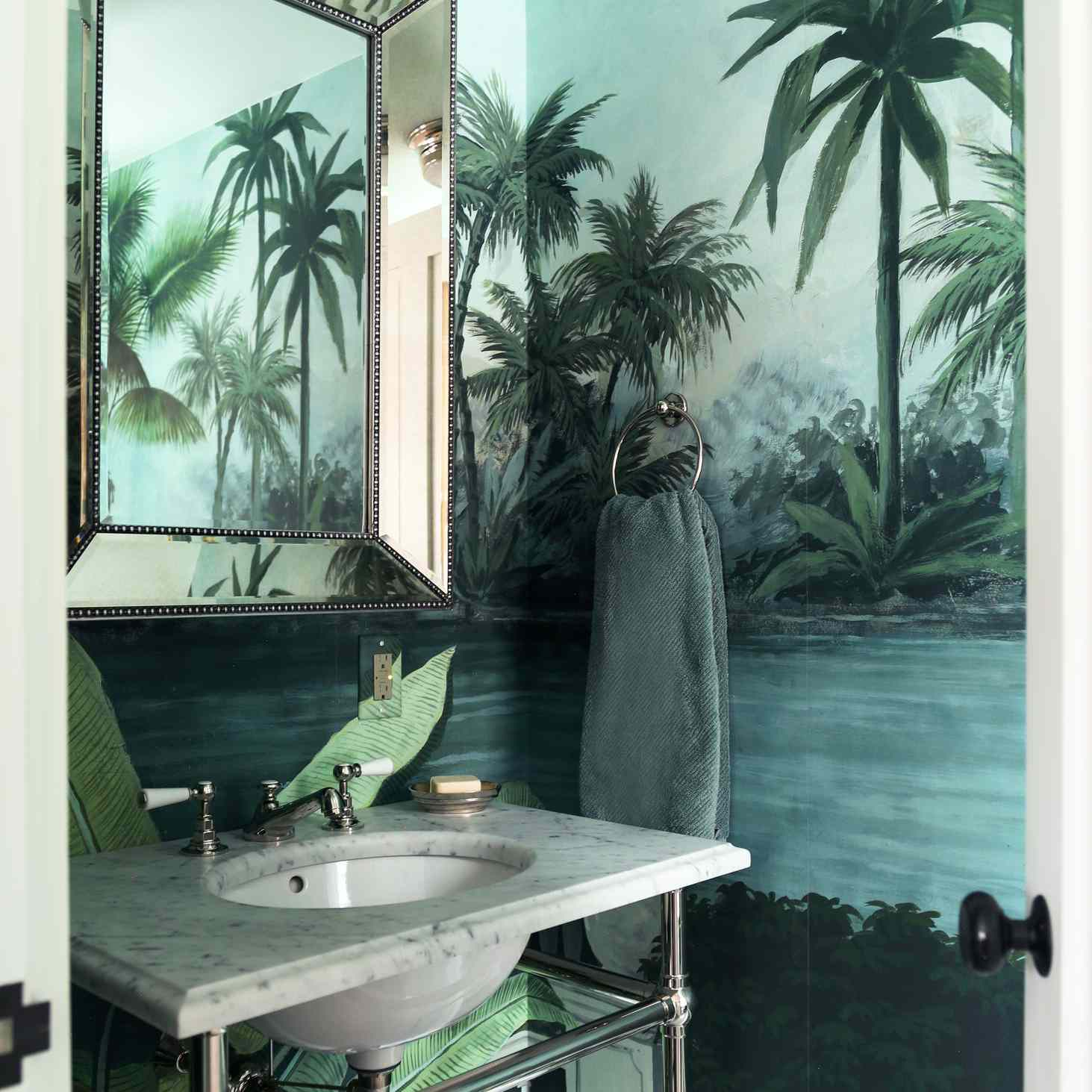 Tropical wallpaper mural by French brand Ananbo, used in a bathroom on Martha's Vineyard