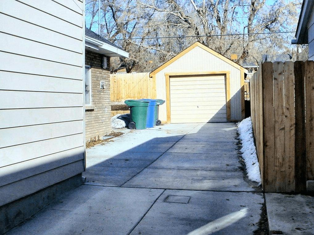 el antiguo camino de entrada