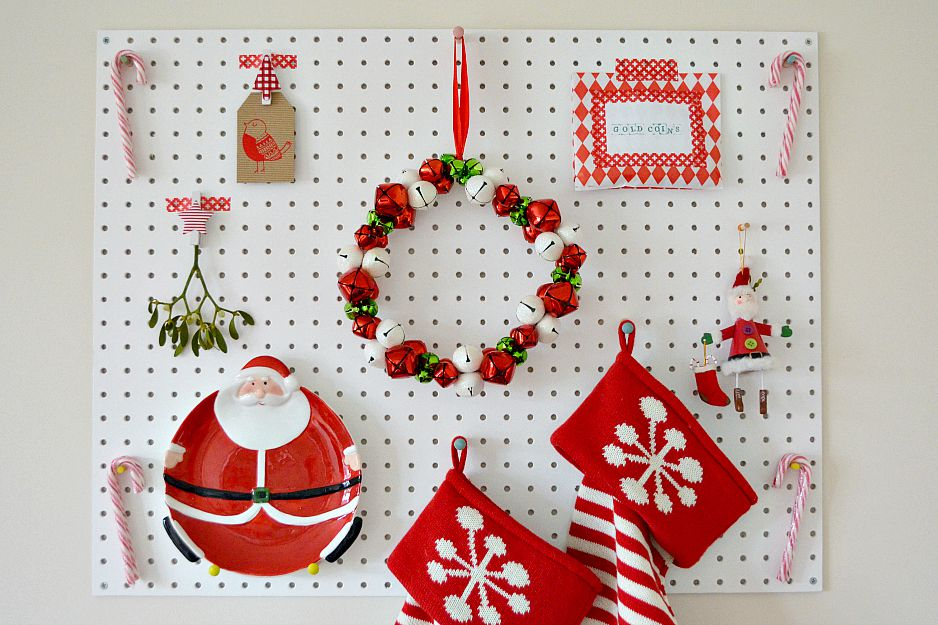 Peg Board Christmas