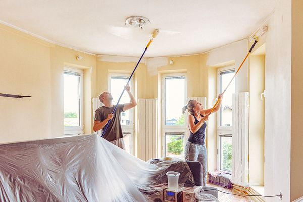 Painting High Ceiling With Extension Poles