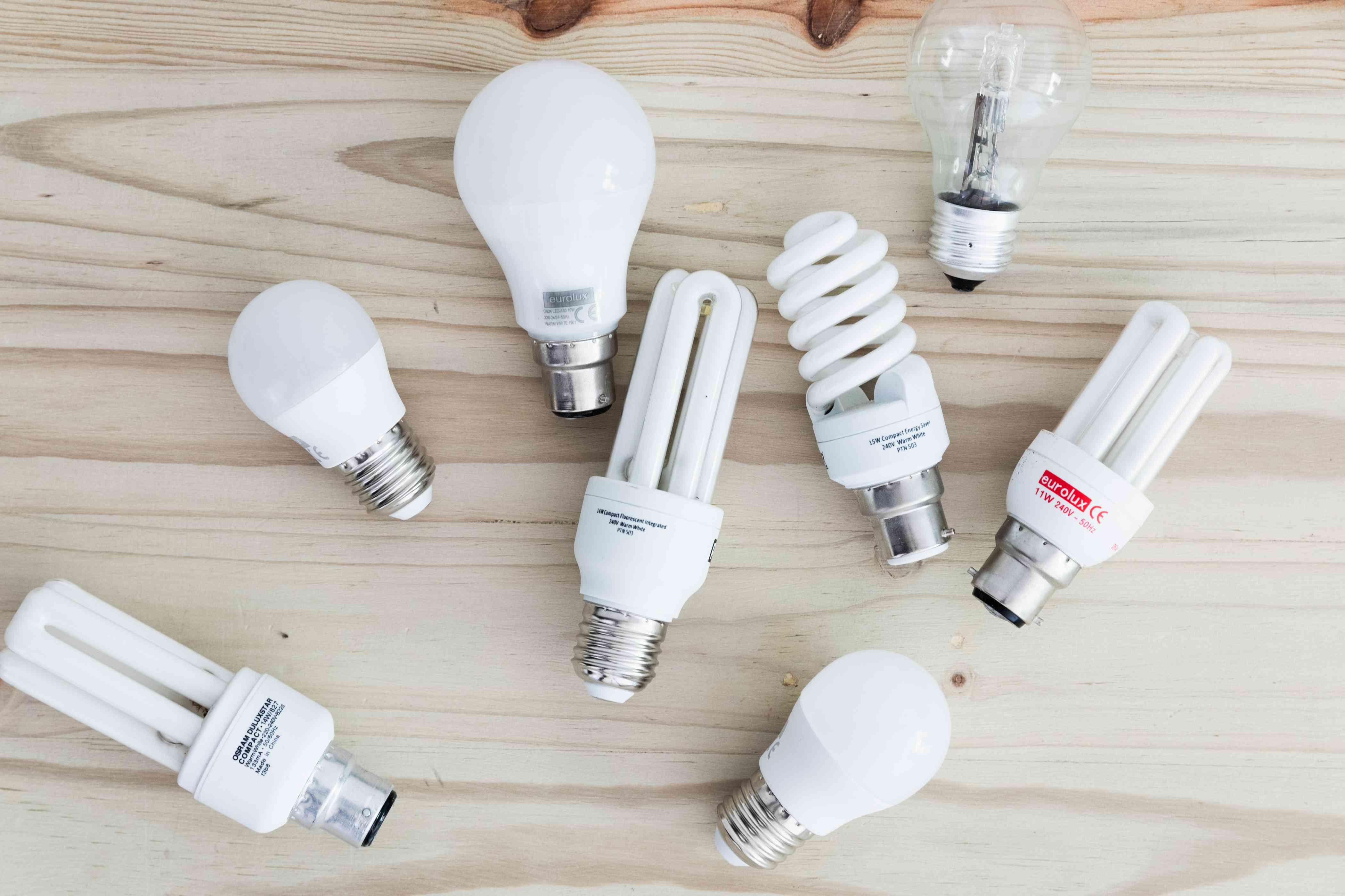 different size light bulbs