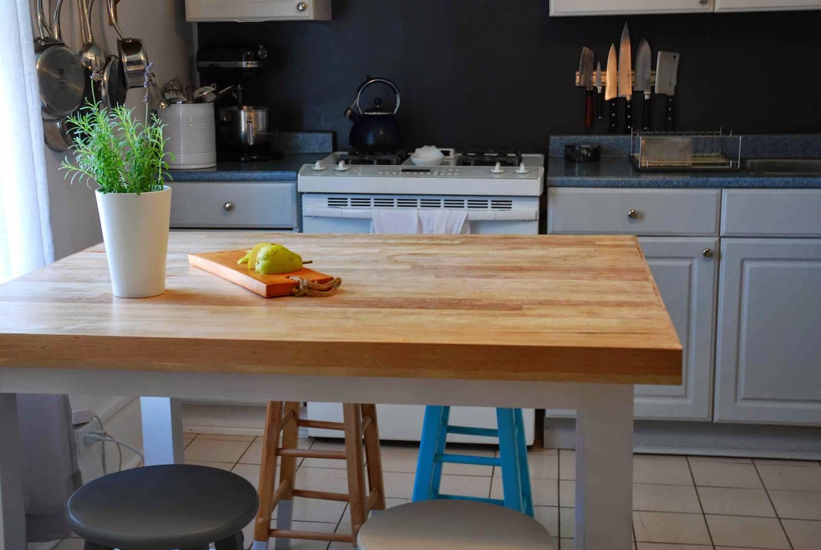 Building A Kitchen Island: 15 Free DIY Kitchen Island Plans