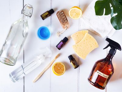 common household cleaning ingredients