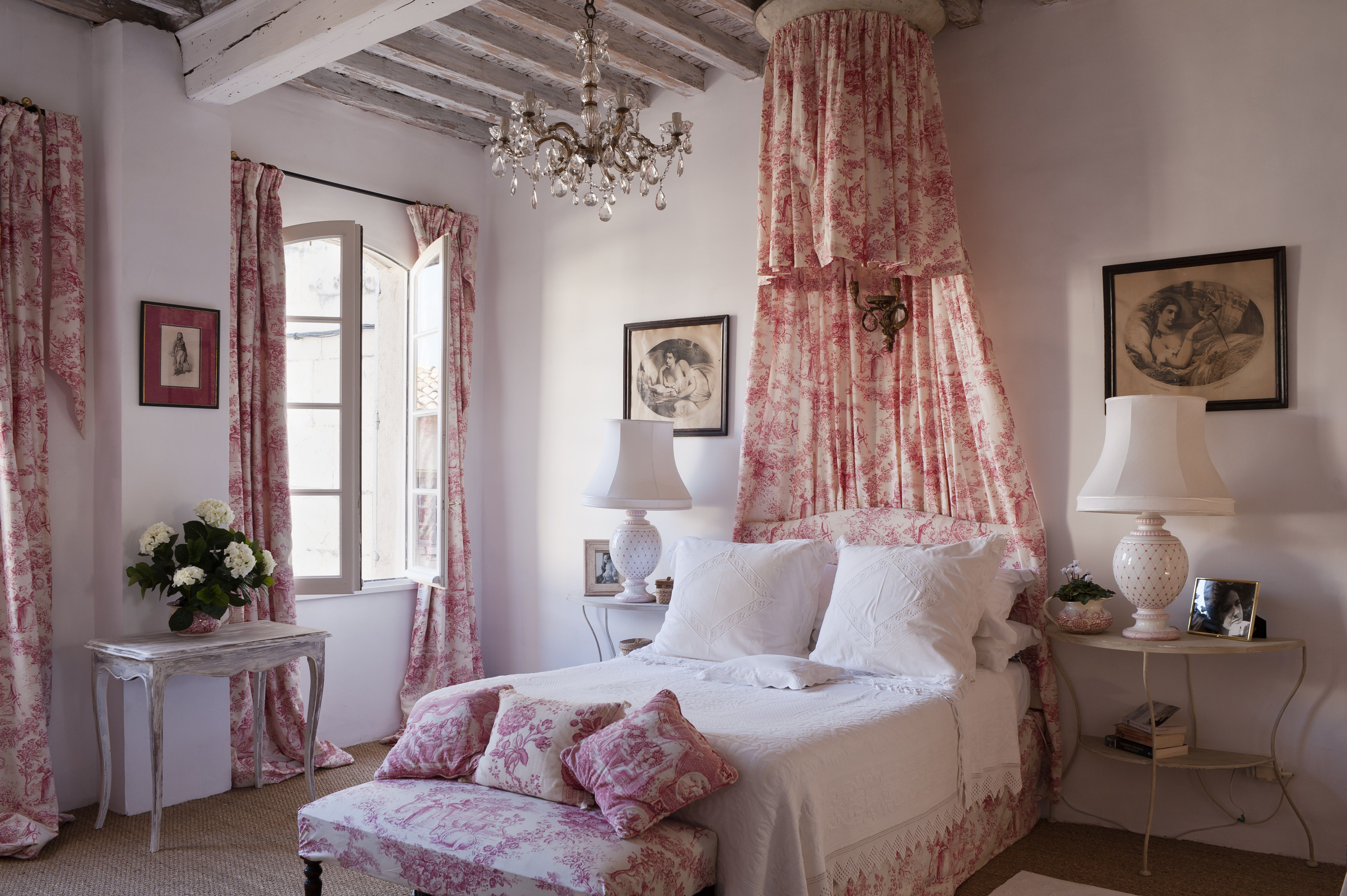 ideas for french countrystyle bedroom decor