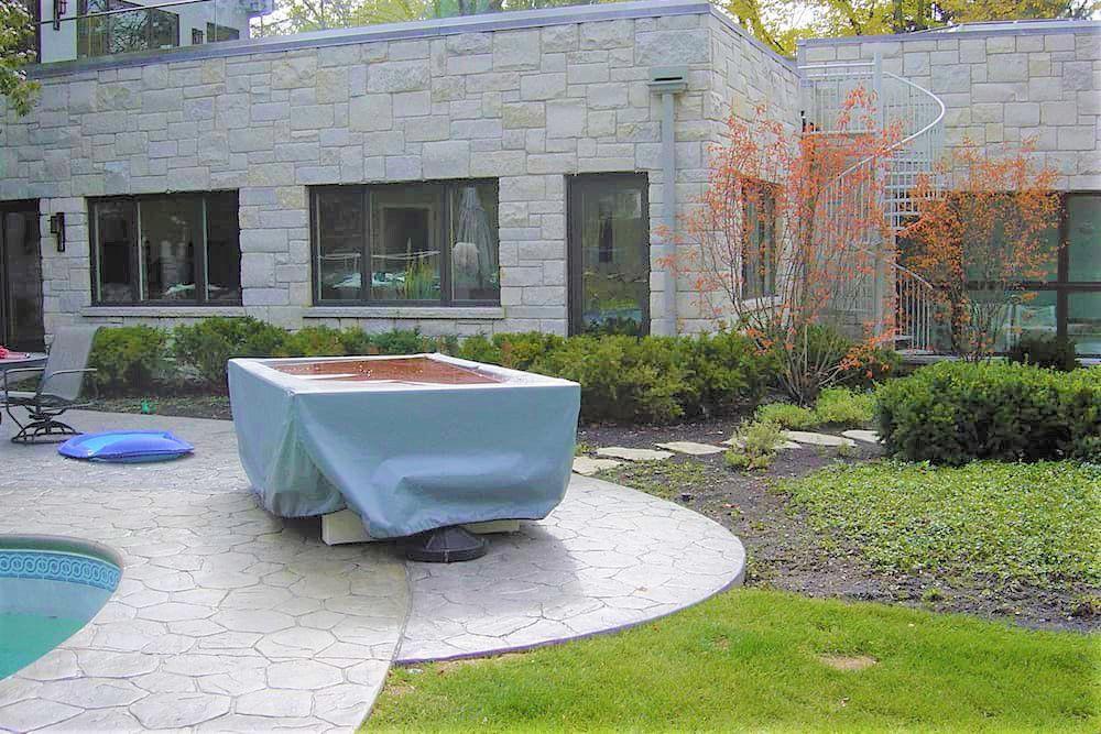 Cambio de imagen de la piedra del patio trasero - Antes
