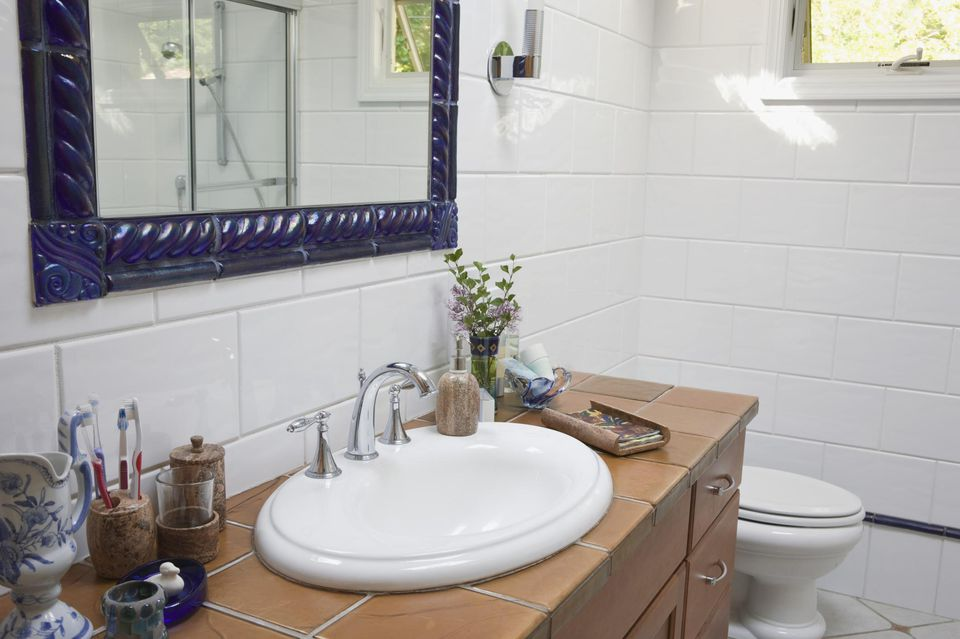 Painting Tile Instructions Paint And Materials - Finding replacement bathroom tiles