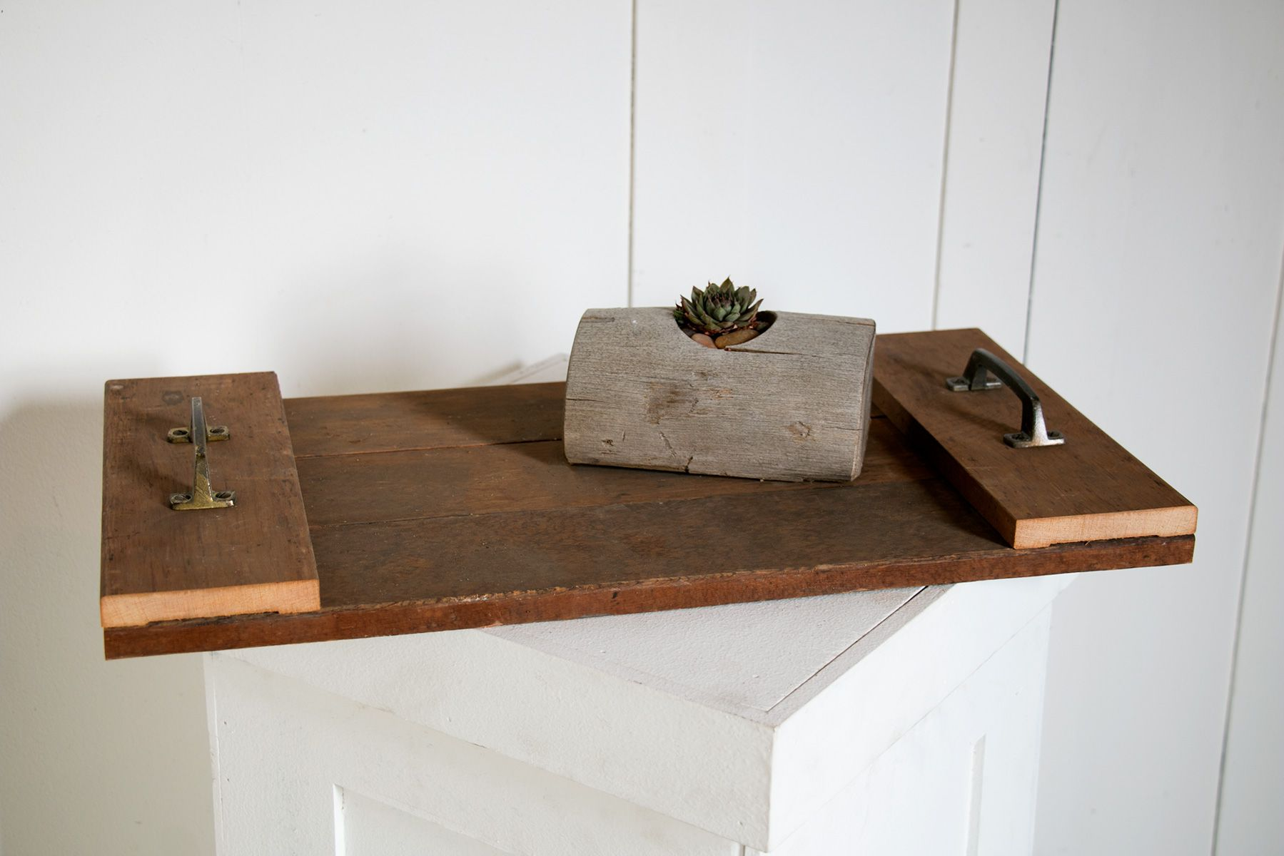 17 Fun And Budget Friendly Reclaimed Wood Projects