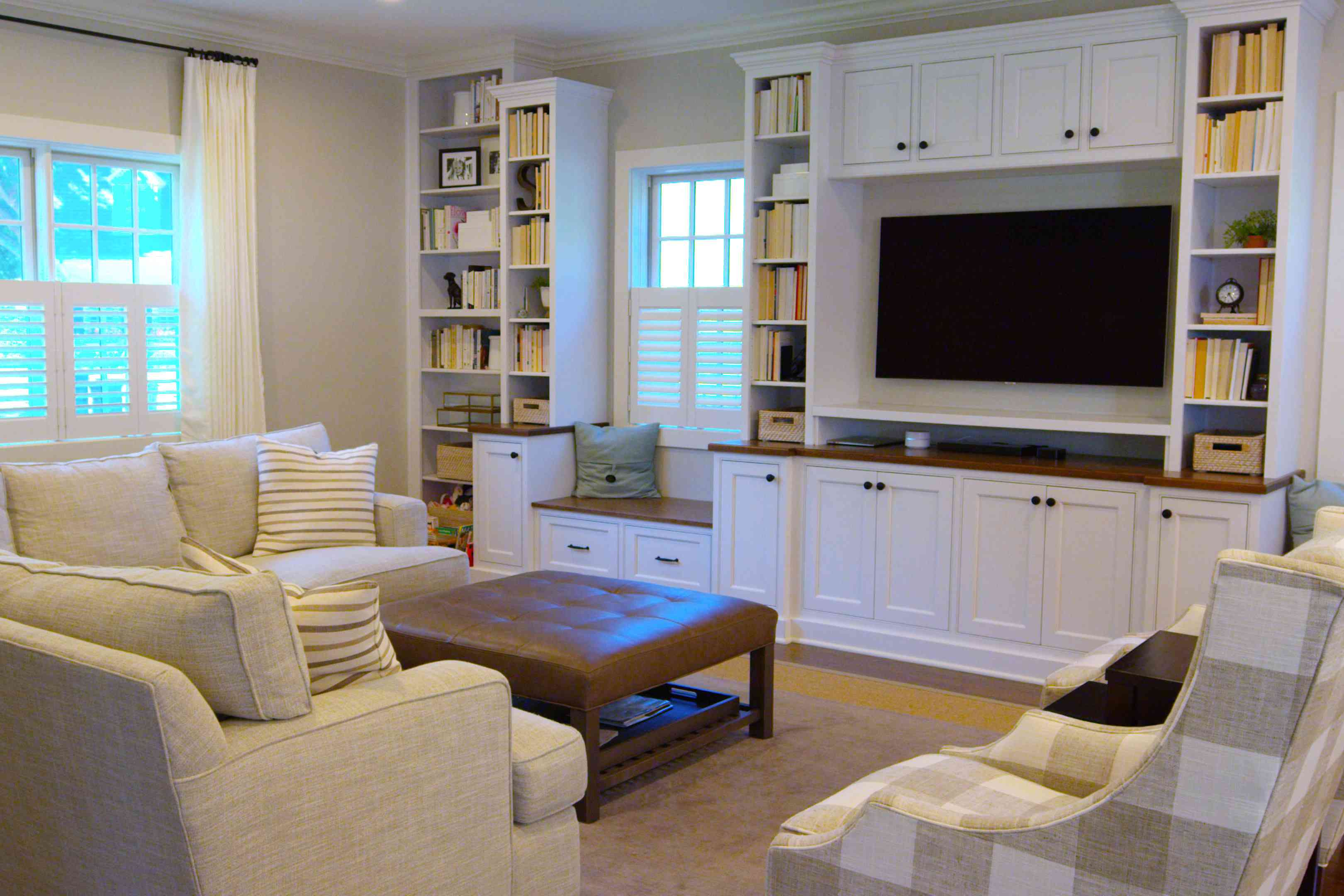 spacious family room bump out
