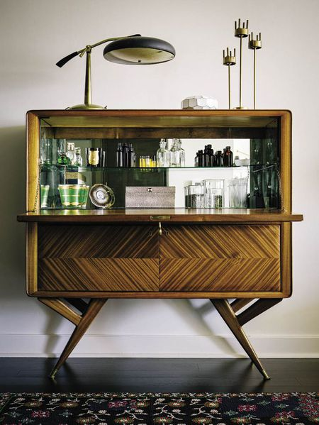 Vintage Bar Cart >> 4 Swanky Bar Cart Styles