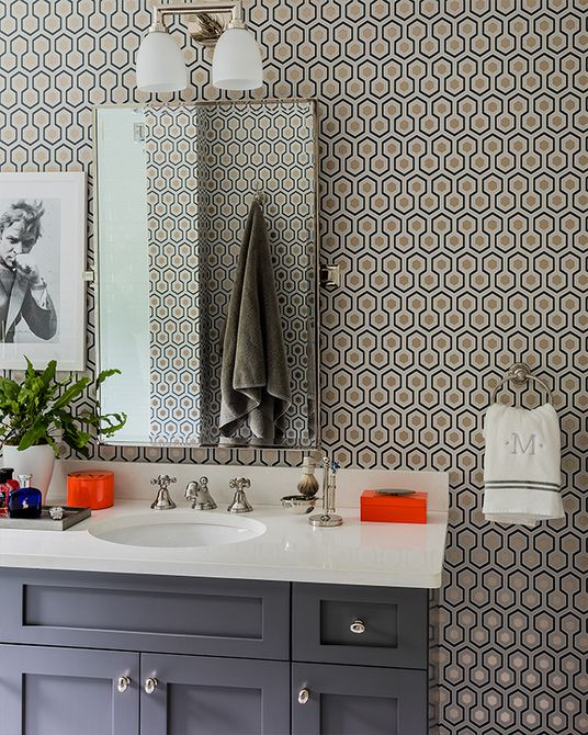 apliques de baño simples en baño moderno