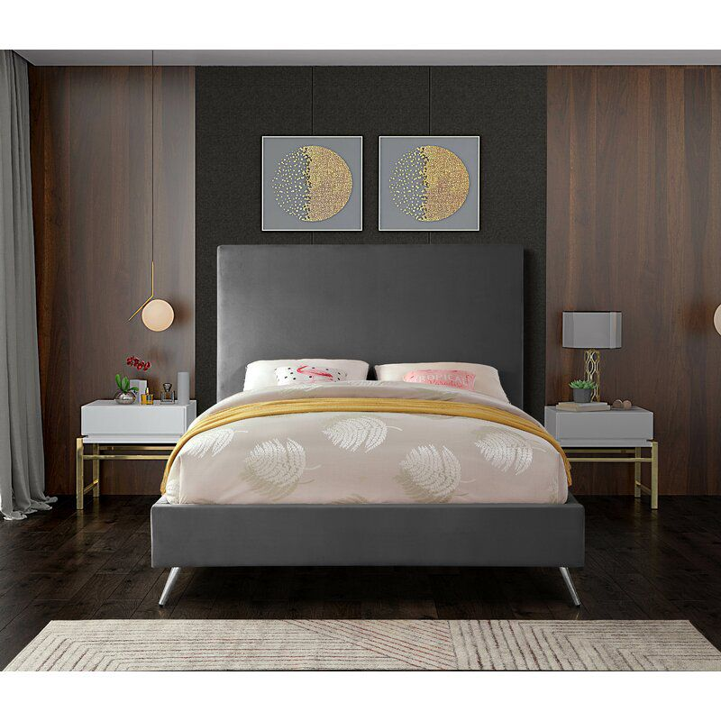 The 12 Best Places To A Bed In 2021, Average Cost Of A Queen Size Bed Frame
