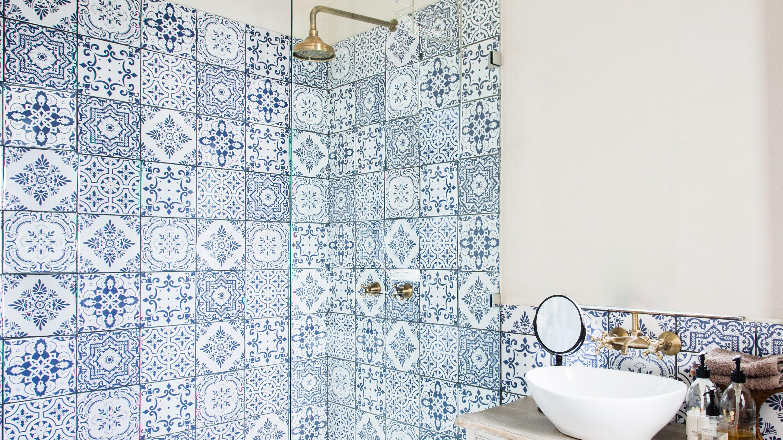 15 Stunning Shower Tile Ideas, Bathroom Tile Pictures