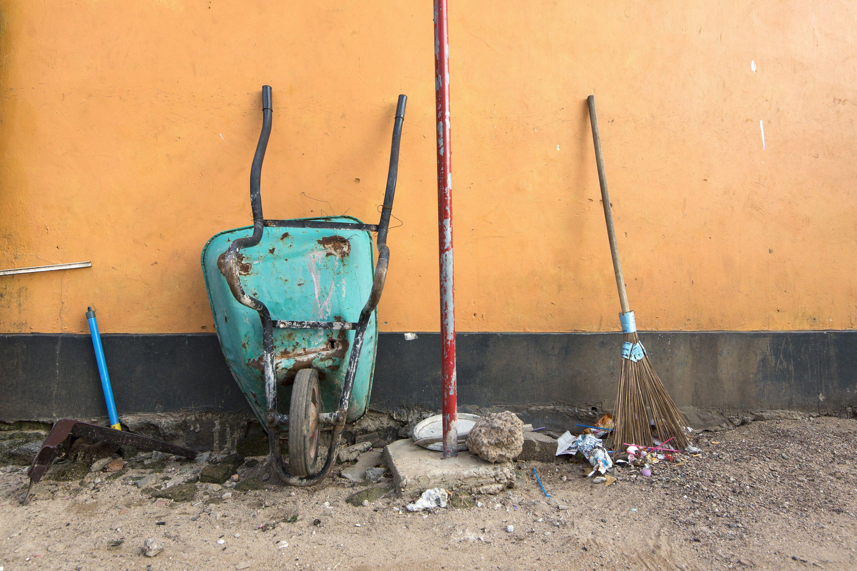 broken garden tools