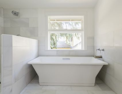 Gorgeous Bathrooms With Marble Tile - White marble bathroom wall tiles